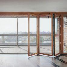 Balkon, Cam Akordeon Kapı