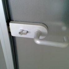 Camlı, Ofis Kapısı