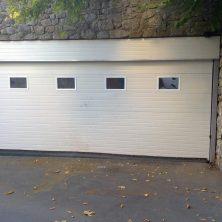 Beyaz, Cam Eklemeli, Seksiyonel Garaj Kapıları