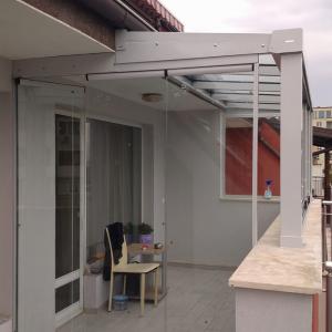 Bulgaristan Sofya / Sabit Cam Tavan (Veranda) Projesi